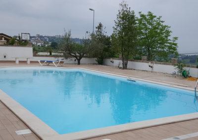 piscina-con-scaletta