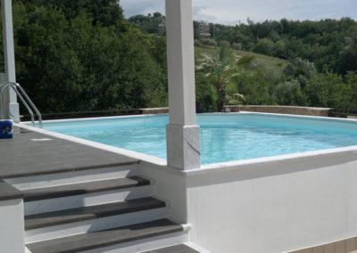 piscina-con-scalette