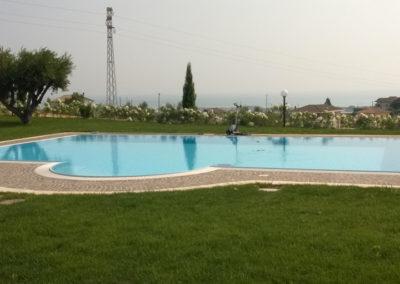 piscina-nel-verde